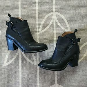 Zara Pebbled Leather Buckle Ankle Boots